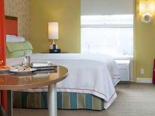 ➦  Hilton Worldwide    (Mississippi) customer rating