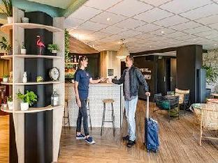 ➦  Accor Hotels    (Western Australia) customer rating