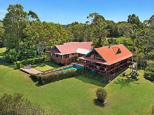 Toad Hall Resort PayPal Hotel Lennox Head