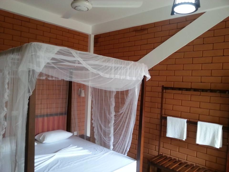 Hotel Desa Bahasa Borobudur - Superior 17 - Jl. Makadam, Dusun Parakan, Ngargogondo, Borobudur, Magelang, Jawa Tengah - Magelang