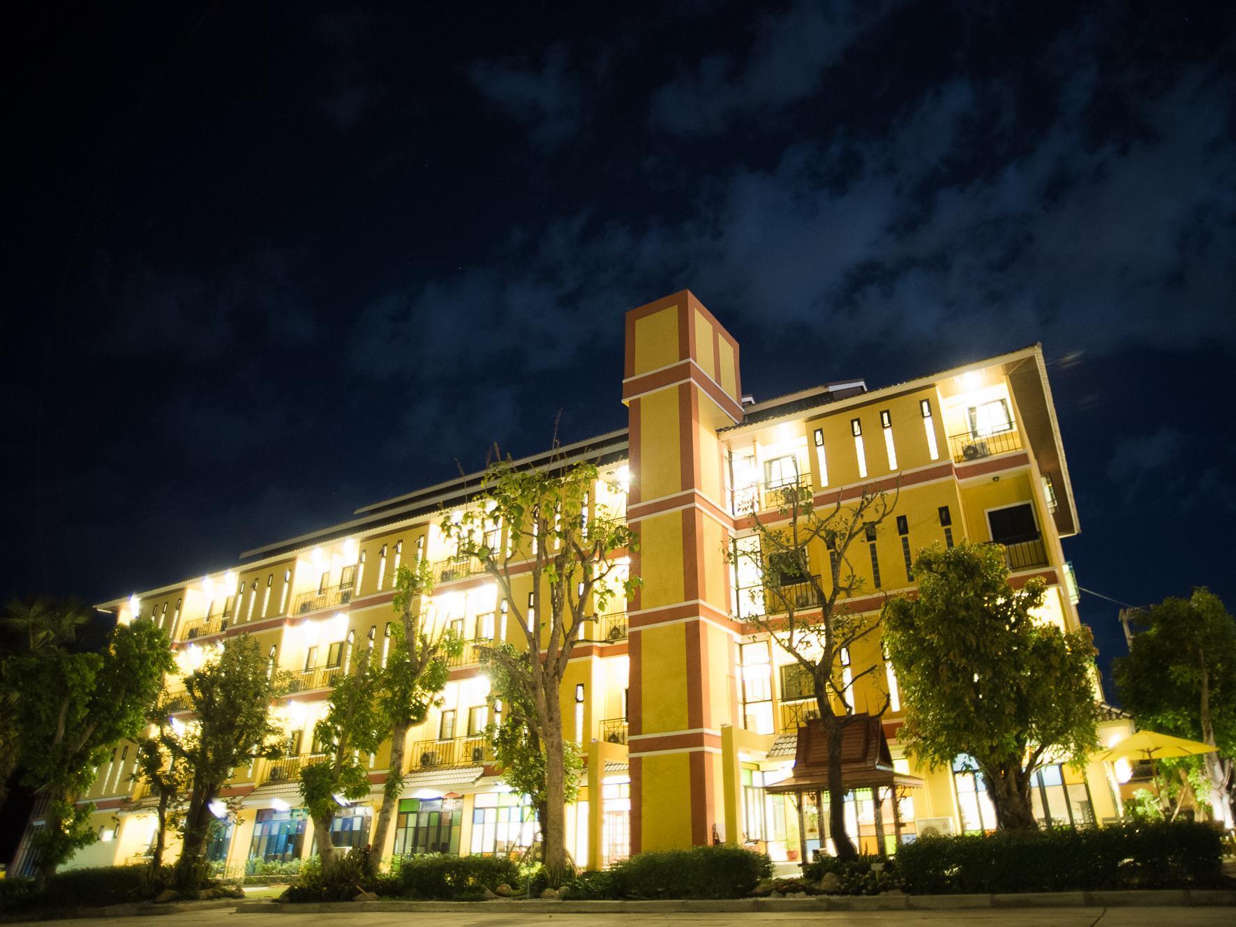 Boonme Heritage Hotel,โรงแรมบุญมี เฮอริเทจ