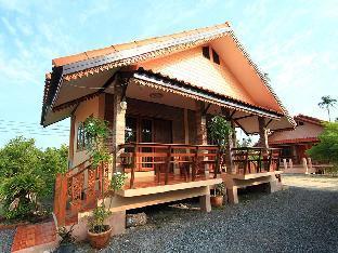 Baan Phum Kham Inn Resort