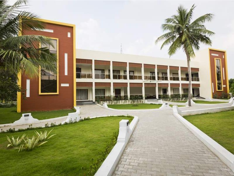 Golden Bay Resorts On Ecr Mahabalipuram Chennai City Center Chennai India Great