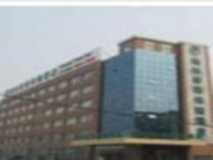 Green Tree Inn Linyi Yinanxian Zhishengtangquan Express Hotel