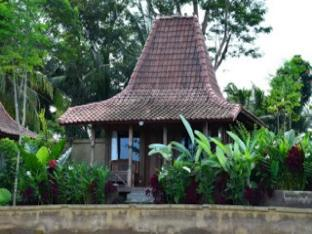 Puri Kayu Cottage