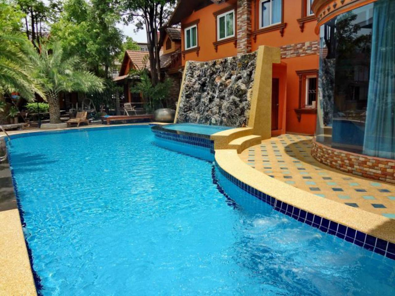 คุณศรี รีสอร์ท อาร์ต บูทิก โฮเต็ล (Khunsri Resort Art Boutique Hotel)