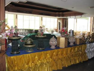 Diamond River Ping Petch-Ngam Hotel Chiang Mai - Buffet