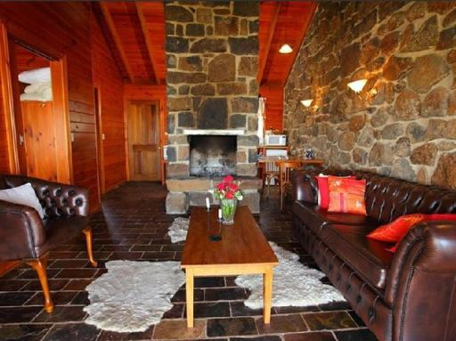 Best guest rating in Creswick ➦  takes PayPal