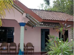 Orlinds Gading Guest House
