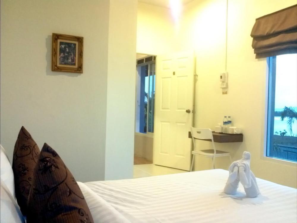 Bed and Boat Aopayoon Resort