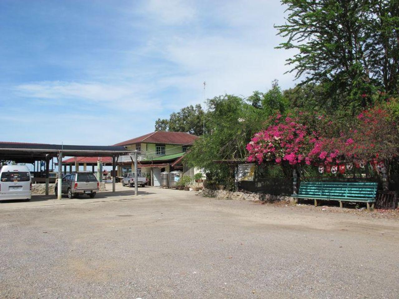 เทพนิมิตร รีสอร์ท (Tepnimit Resort)