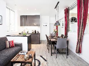 Charming apartment in Paris center
