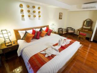 Viang Thapae Resort 部屋タイプ[デラックス ダブル(朝食付き)]