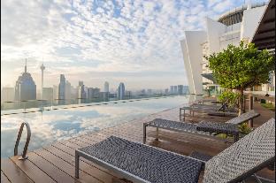 Luxury infinity pool @ Regalia Suites KL