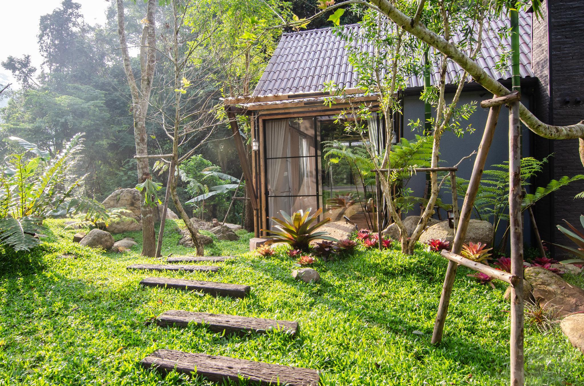 Voraman Hut