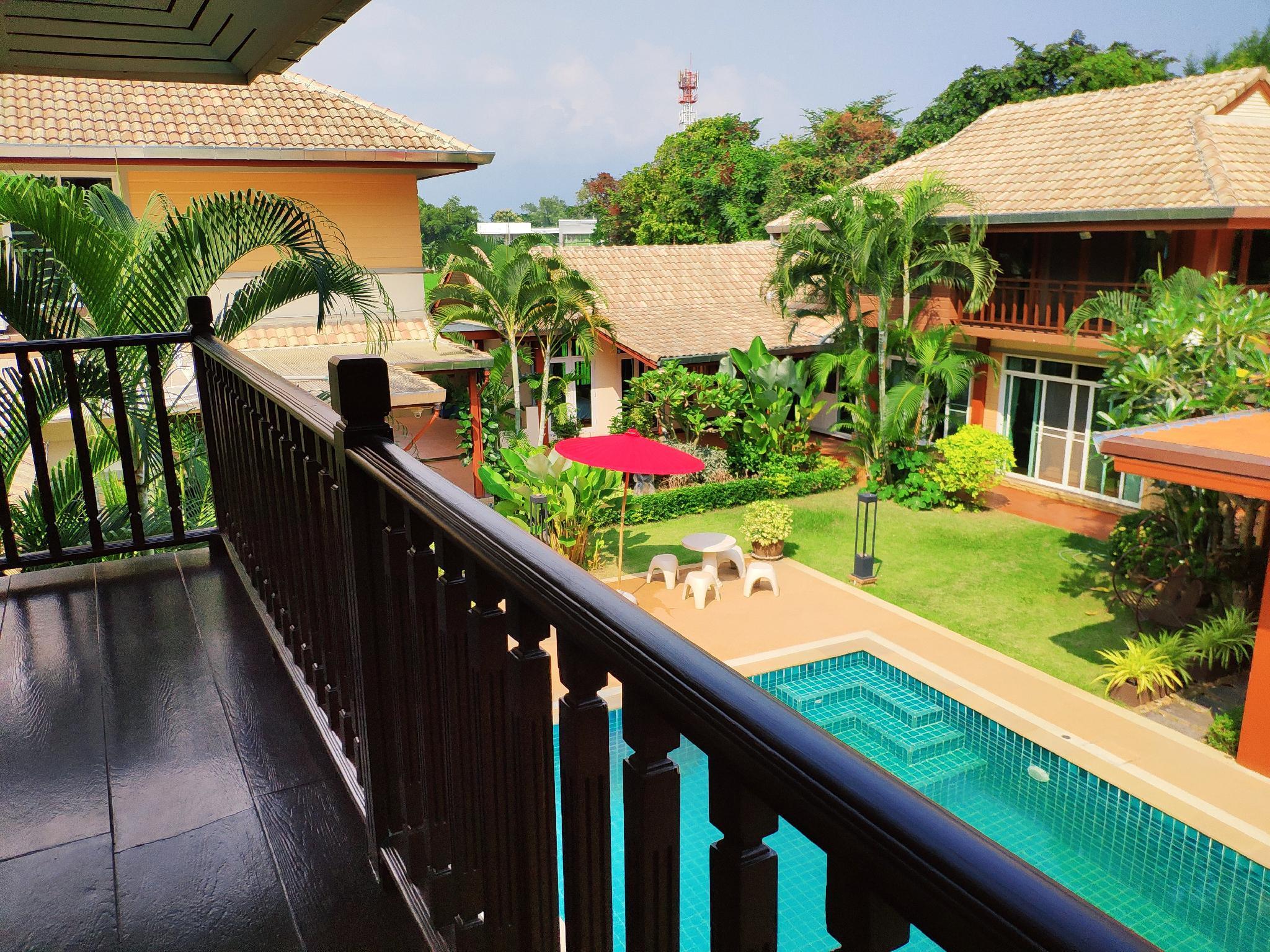 , Big Lanna Deluxe Room in Momoka Luxury Pool Villa