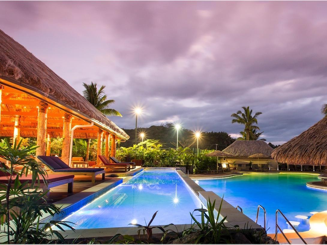 Outrigger Fiji Beach Resort Coral Coast