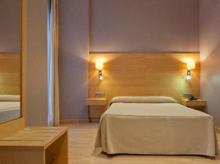 Hotel Sant Agusti Barcelona - Guest Room