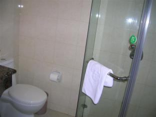GreenTree Inn Shanghai Chifeng Road Metro Station Business Hotel Shanghai - Bathroom