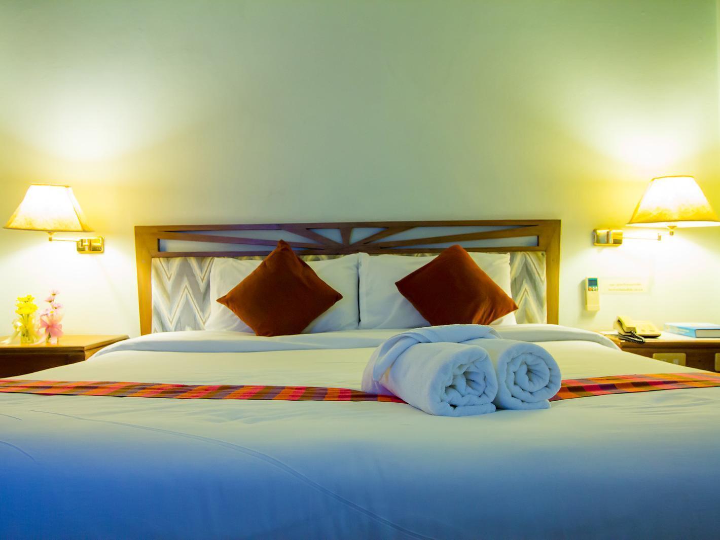 披集广场酒店,โรงแรมพิจิตร พลาซา
