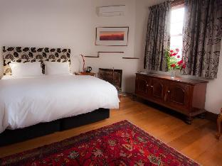 Best PayPal Hotel in ➦ Castlemaine: Sinnamons Cottage