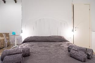 米兰纳维利公寓
