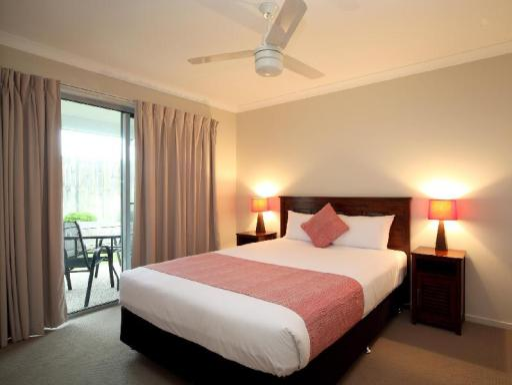 Direct Hotels - Villas On Rivergum PayPal Hotel Emerald