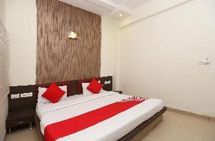 OYO 23303 Hotel Blue Heaven Агра