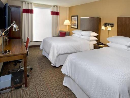 Four Points by Sheraton Charleston hotel accepts paypal in Charleston (WV)