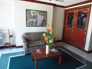 โรงแรมเดย์ เกาะแม็กทัน  เซบูซิตี้ - ล็อบบี้
