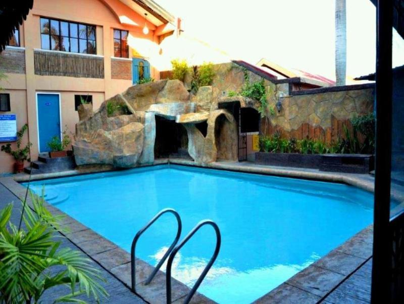 Rockpoint Hotspring Resort Hotel & Spa Maria Makiling Hot Springs
