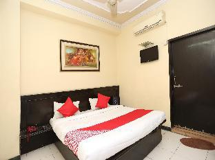 OYO 15848 Hotel Mahajan Palace Алигарх