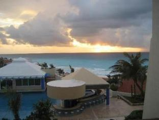 Solymar Cancun Beach Resort Cancun - View