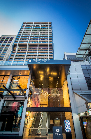 ➦  SilverNeedle Hospitality    (Queensland) customer rating