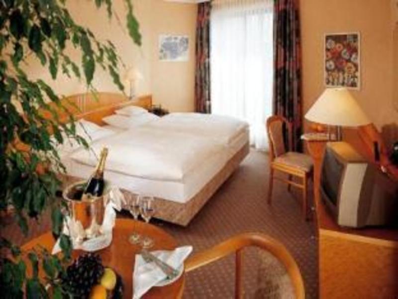 Best PayPal Hotel in ➦ Pforzheim: