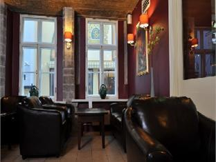 Merchants House Hotel Tallinn - Hotellet indefra