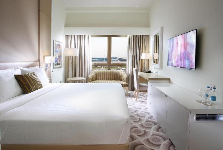 Metropolitan Hotel Dubai photo 2