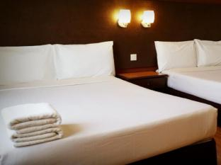 Brisdale Hotel Kuala Lumpur - Family Deluxe newly refurbished room