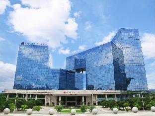 Ramada Plaza Liuzhou Liudong Hotel