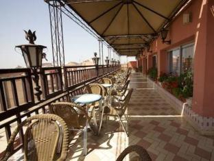 Tachfine Hotel Marrakech - Balcony/Terrace