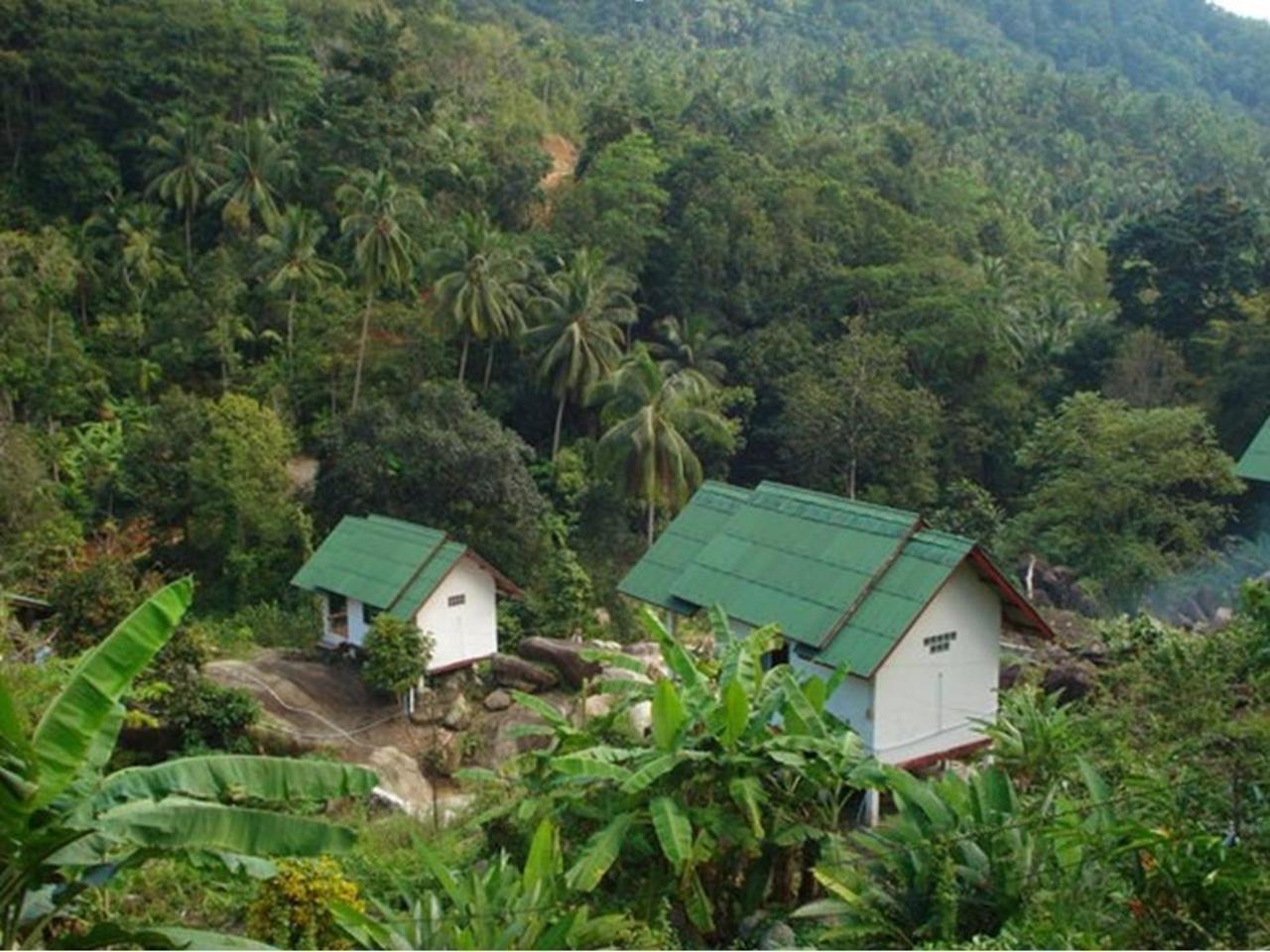 บัญชา สระมโนราห์ รีสอร์ท (Buncha Sramanora Resort)