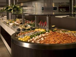 Stamford Grand North Ryde Hotel Sydney - Food and Beverages