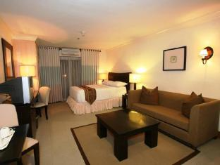 Crown Regency Suites And Residences - Mactan Cebu - One Bedroom Suite