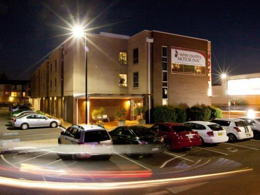 Best guest rating in Cessnock ➦ Pedens Hotel takes PayPal