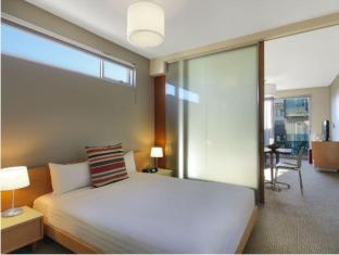 Adina Apartment Hotel St Kilda Melbourne - Guest Room