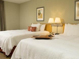 trivago Hampton Inn And Suites Airport