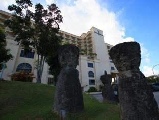 Holiday Resort & Spa Guam - Utsiden av hotellet
