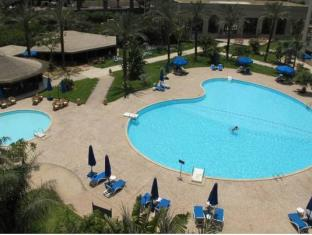 Grand Pyramids Hotel Giza - Swimming Pool