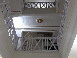 Monalisa Stabas Krui Hotel