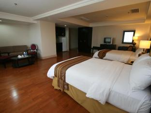 Crown Regency Hotel & Towers Cebu - 2 Bedroom Executive Deluxe Suite
